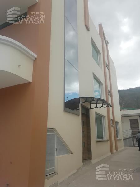 Foto Edificio Comercial en Venta en  Mitad del Mundo,  Quito  PUSUQUI - SAN GREGORIO (SECTOR 4 ESQUINAS) EDIFICIO DE VENTA DE 380 M2
