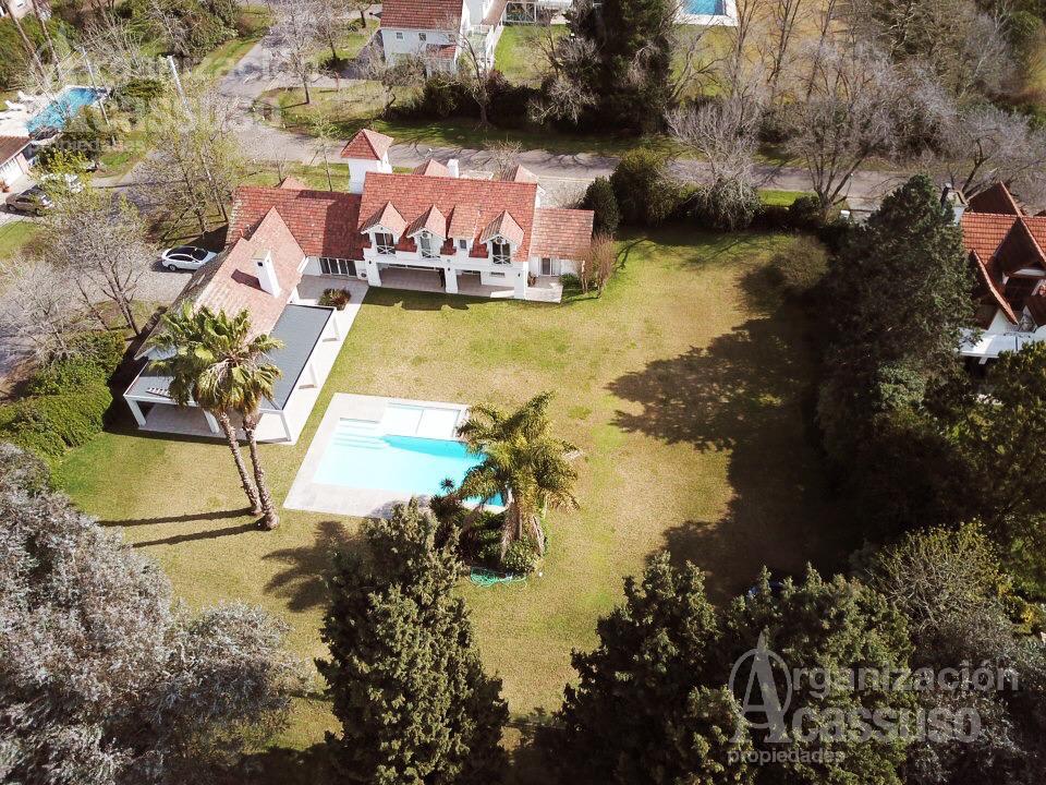 Foto Casa en Alquiler en  Mayling Club De Campo,  Countries/B.Cerrado (Pilar)  Casa en Alquiler. Mayling Club de Campo