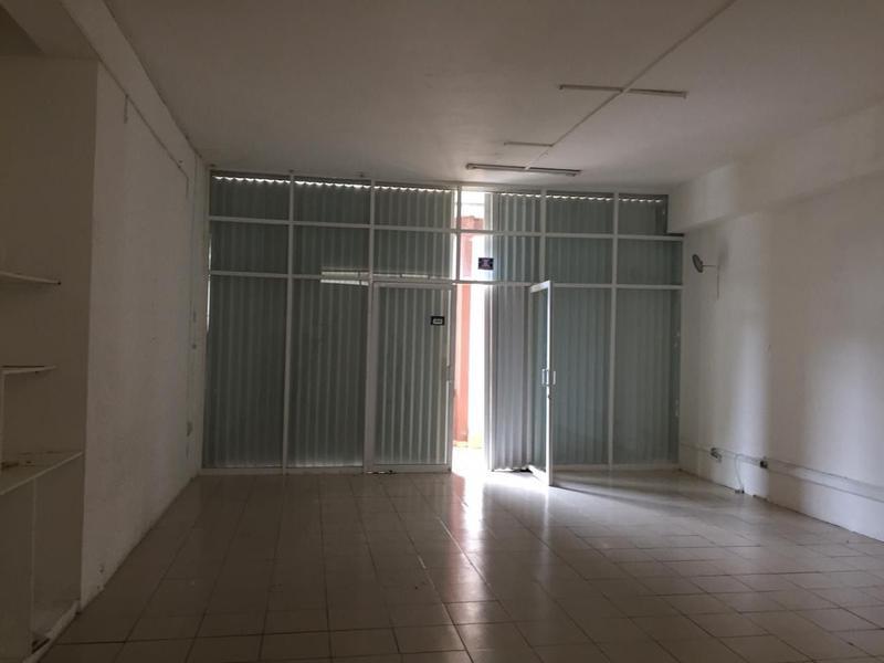 Foto Local en Renta en  Cancún Centro,  Cancún  LOCAL EN RENTA AV. TULUM, CANCÚN CENTRO C2435