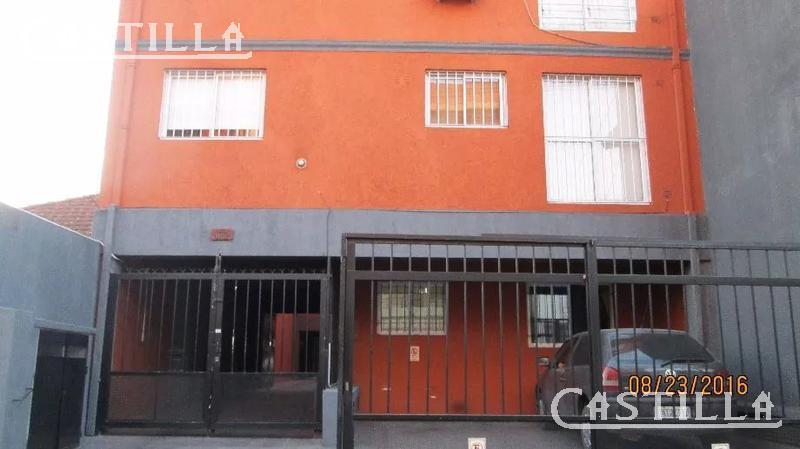 Foto Departamento en Venta en  S.Fer.-Vias/Libert.,  San Fernando  MIGUEL CANE al 1100