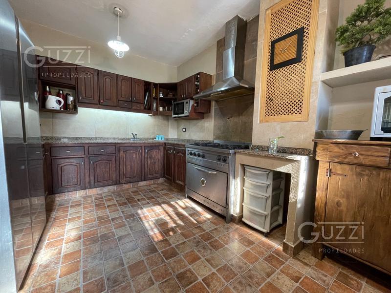 Foto Casa en Venta en  Carapachay,  Vicente López  Marcos Sastre al 3700