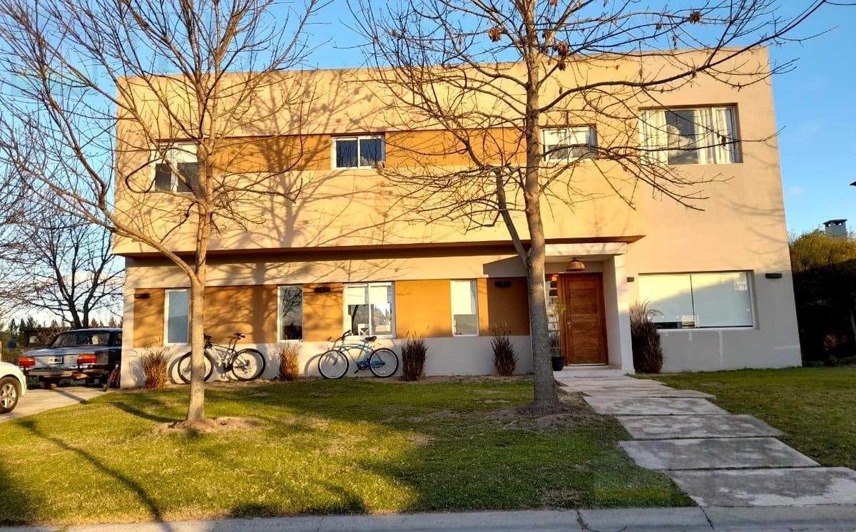 Foto Casa en Venta en  Villanueva,  Countries/B.Cerrado (Tigre)  San Marco  al 100