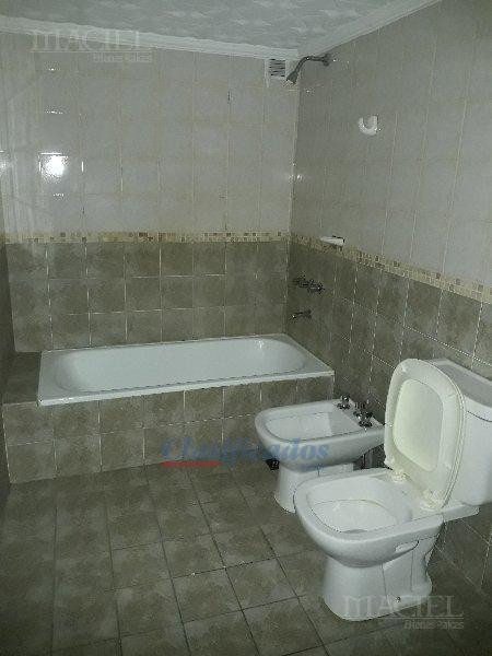 Foto Departamento en Venta en  Nueva Cordoba,  Capital  Nueva Córdoba - Rondeau 244, 2º, Frente c/ Balcón - Imperdible!