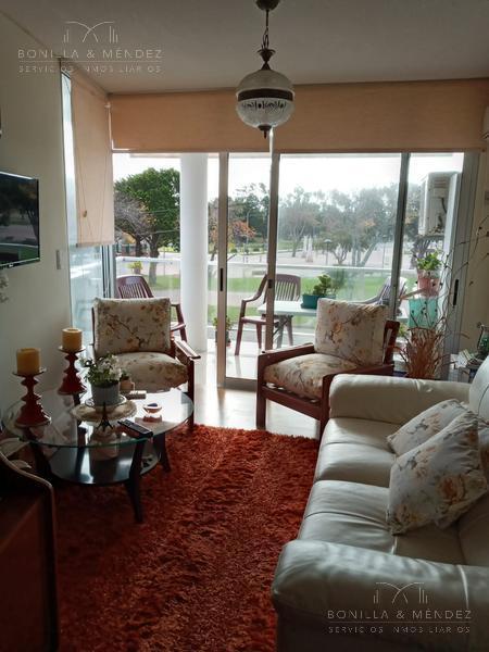 Foto Apartamento en Venta en  Centro,  Piriápolis  Emilia Alperovich alquiler con gastos comunes incluidos