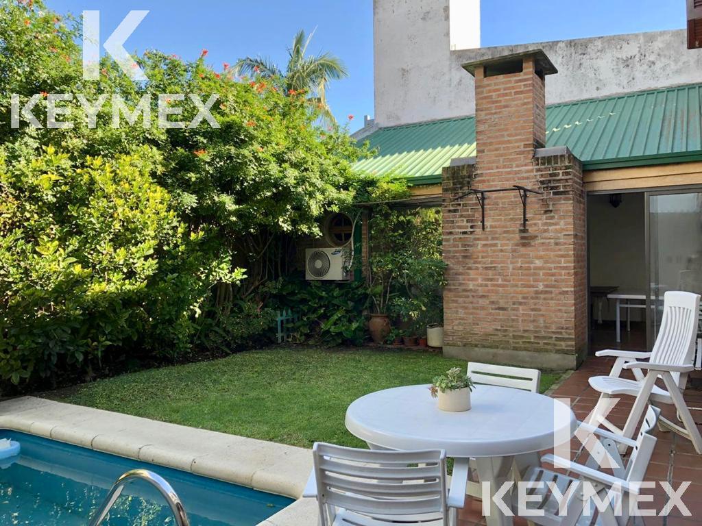 Foto Casa en Venta en  La Plata ,  G.B.A. Zona Sur  20 entre 56 y 57