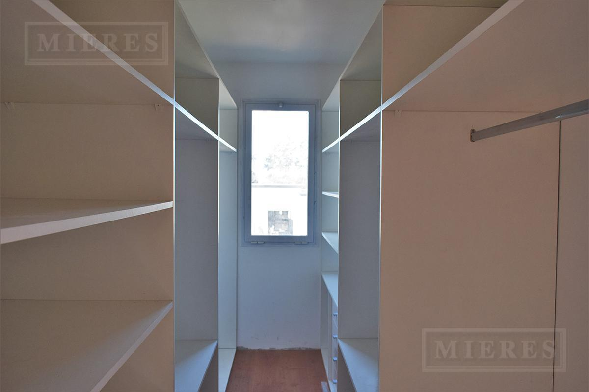Mieres Propiedades - Casa de 214 mts en  El Lucero