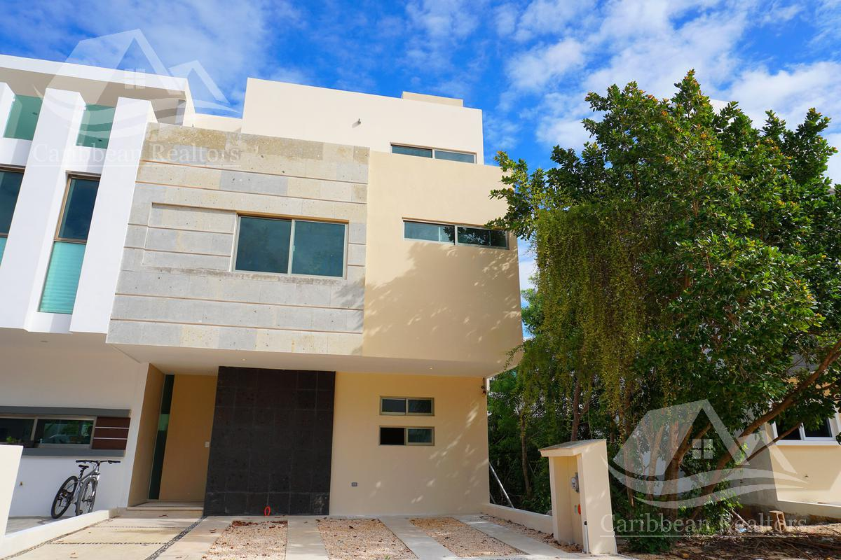 Foto Casa en Venta en  Arbolada,  Cancún  CASA EN VENTA EN ARBOLADA CANCUN
