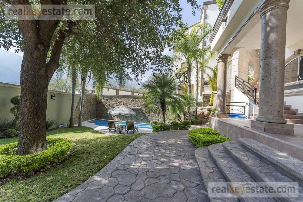 Foto Casa en Venta en  Sierra Alta 3er Sector,  Monterrey  CASA EN VENTA EN SIERRA ALTA EN MONTERREY