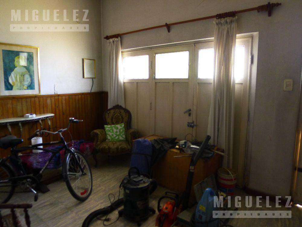 Foto PH en Venta en  Lanús,  Lanús  Aconcagua 3538