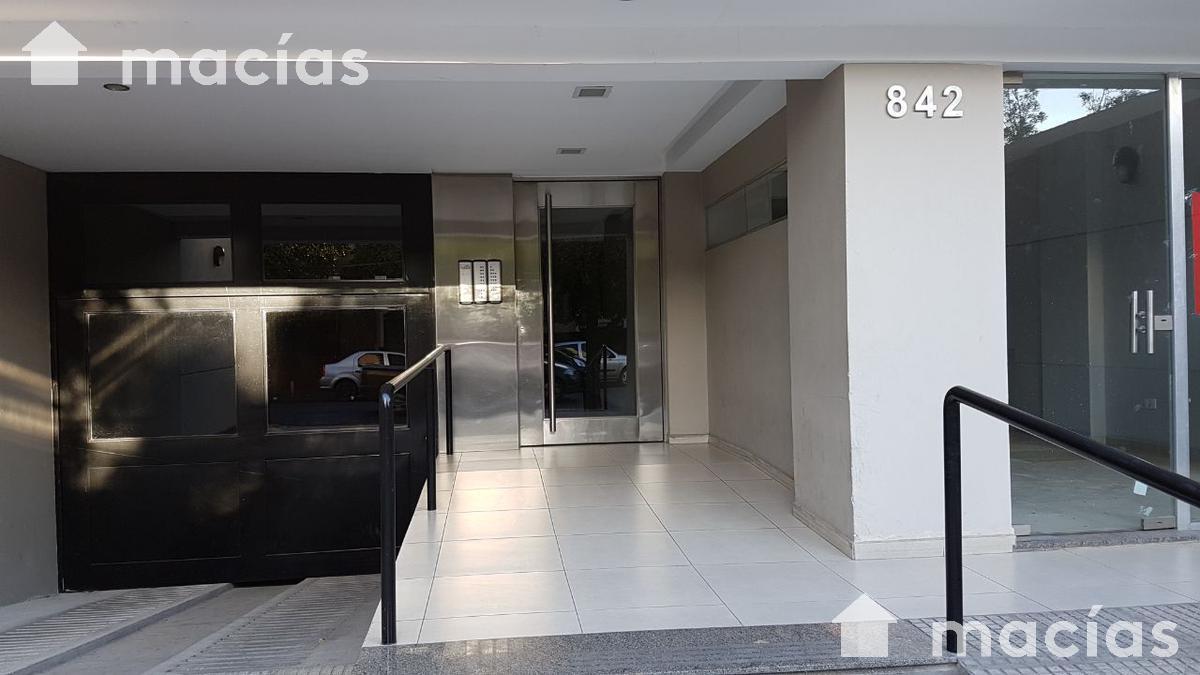 Foto Departamento en Venta en  Capital ,  Tucumán  Heras al al 800