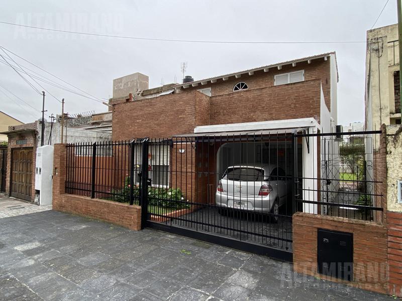 Foto Casa en Venta en  Jose Leon Suarez,  General San Martin  San Vicente al 2700