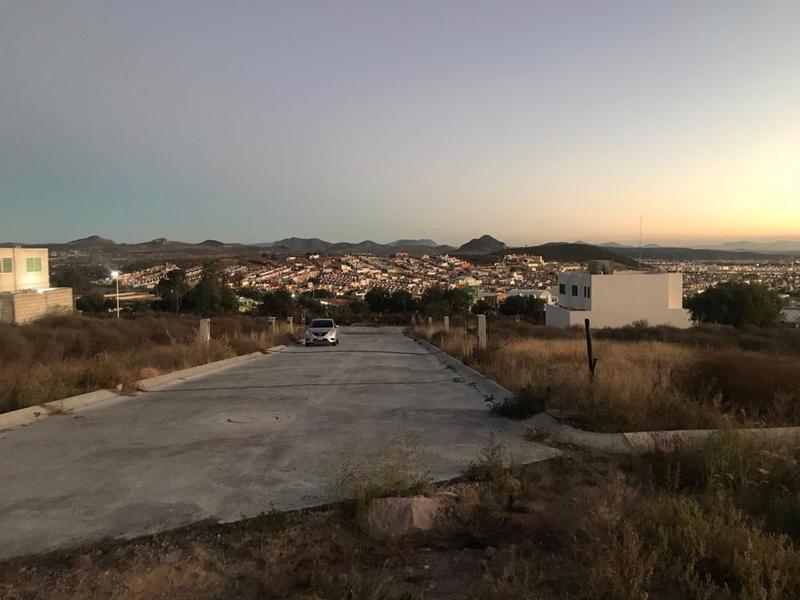 Foto Terreno en Venta en  Fraccionamiento Privada Camino Real,  Mineral de la Reforma  Terreno en Fracc. Camino Real