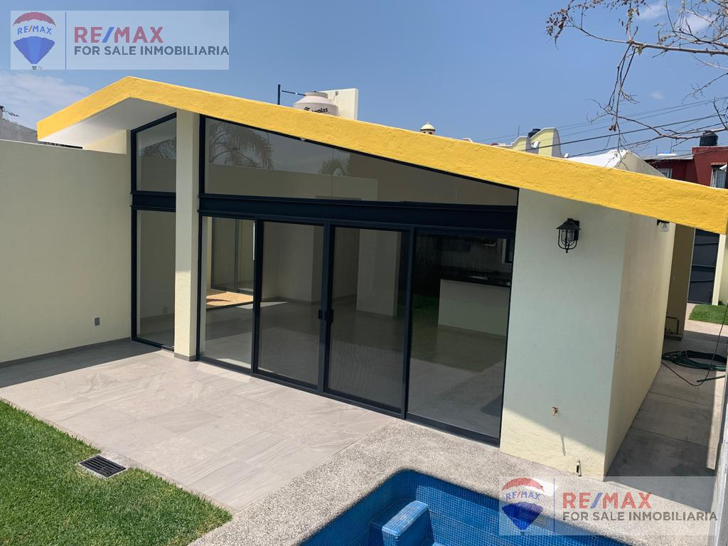 Foto Casa en Venta en  Lomas de Tetela,  Cuernavaca  Venta de casa en fraccionamiento con vigilancia, Lomas de Tetela…Clave 3129