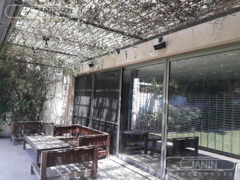 Foto Casa en Venta | Alquiler en  Vicente López ,  G.B.A. Zona Norte  Segurola al 700