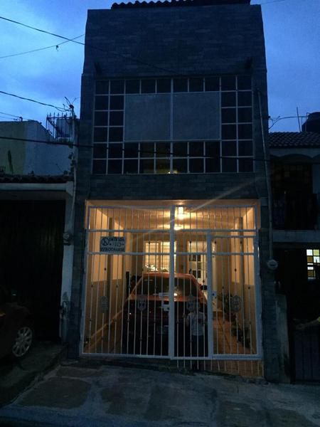 Foto Casa en Venta en  Fraccionamiento Loma Dorada,  Tonalá  Casa Venta Loma Dorada, Tonalá $1,100,000 Lidsal E5