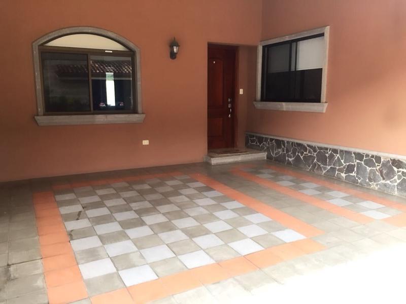 Foto Casa en condominio en Venta |  en  Santana,  Santa Ana  Santa Ana Se vende casa en condominio