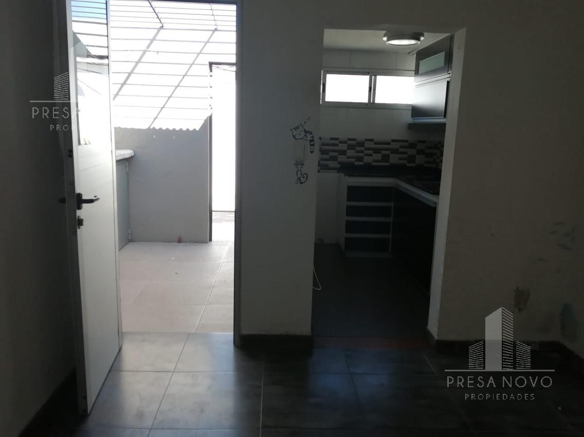 Foto Apartamento en Venta en  Malvín ,  Montevideo  ESTANISLAO LOPEZ al 4000