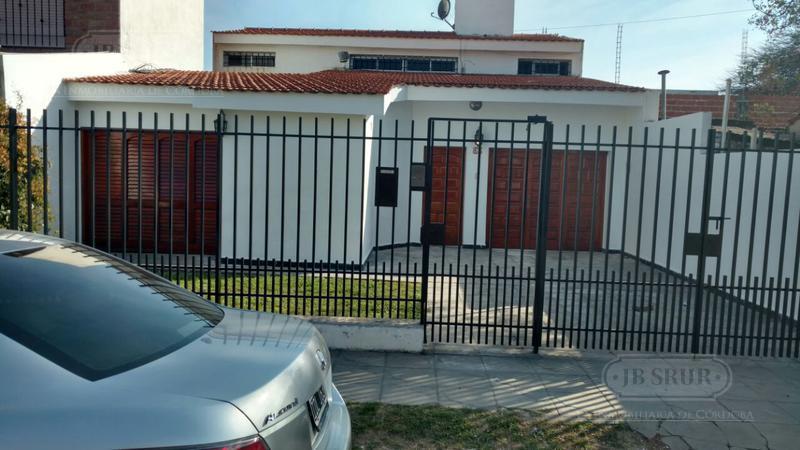 Foto Casa en Alquiler en  Camino a San Carlos,  Cordoba  Lizarraga al 1800