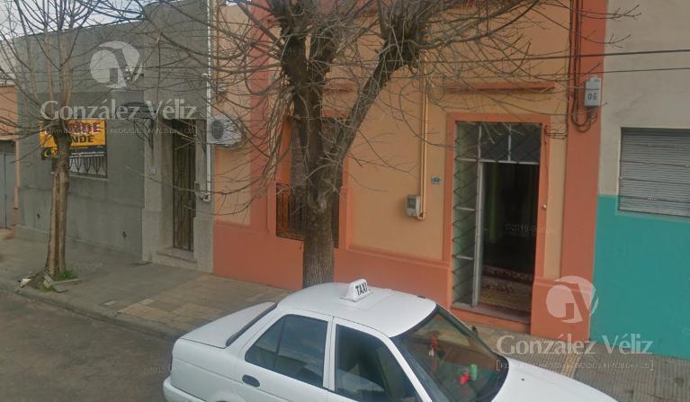 Foto Casa en Venta en  Carmelo ,  Colonia  Carmen N°185 casi Lavalleja