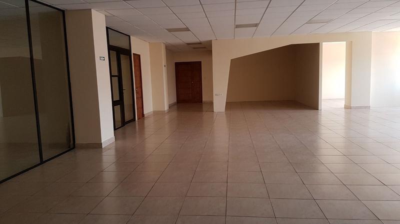 Foto Oficina en Renta en  Zona 13,  Ciudad de Guatemala  OFICINA EN RENTA EN EXCELENTE UBICACIÓN EN ZONA 13