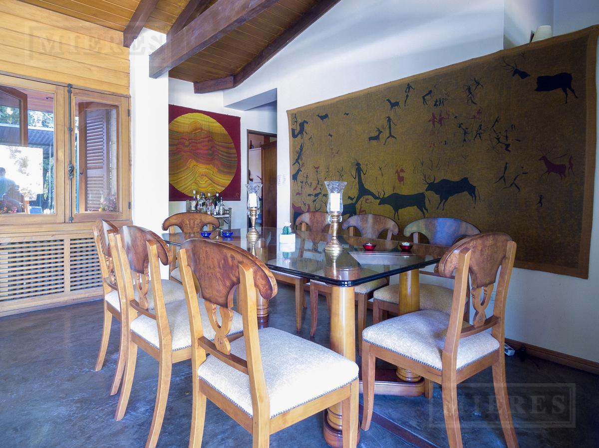 Mieres Propiedades - Casa de 190 mts. en Olivos Golf Club