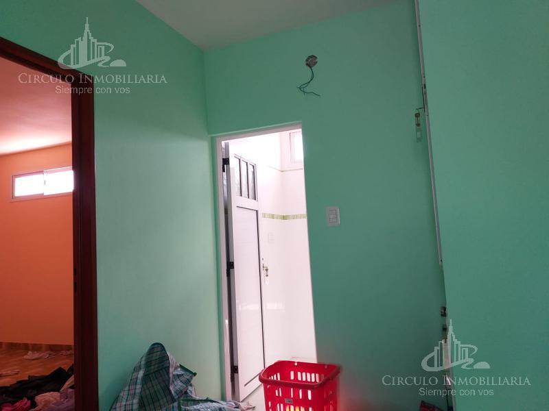 Foto Casa en Venta en  Villa Lugano ,  Capital Federal  zuviria al 5500
