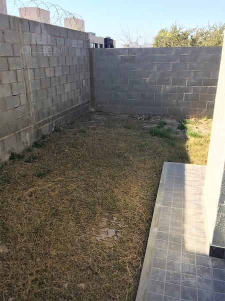Foto Casa en Venta en  Lomas de Chateau,  Cordoba Capital          Oportunidad! Listo Para Mudarse- Lomas de Chateau - 2 DOR - A Estrenar!