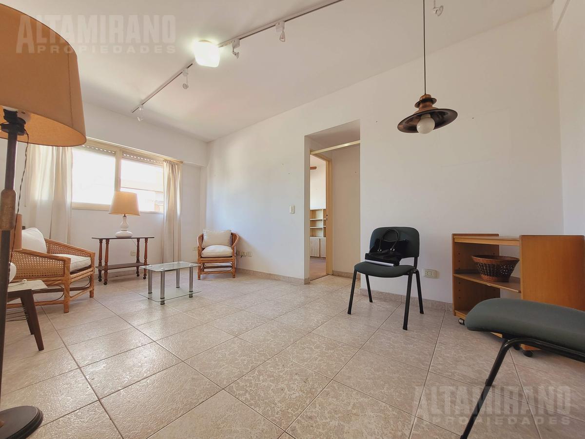 Foto Departamento en Venta en  Villa Ballester,  General San Martin  Pacifico Rodríguez al 4600