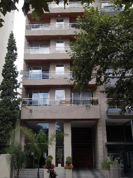 Foto Departamento en Venta en  Lomas de Zamora Oeste,  Lomas De Zamora  Colombres 234 9 A
