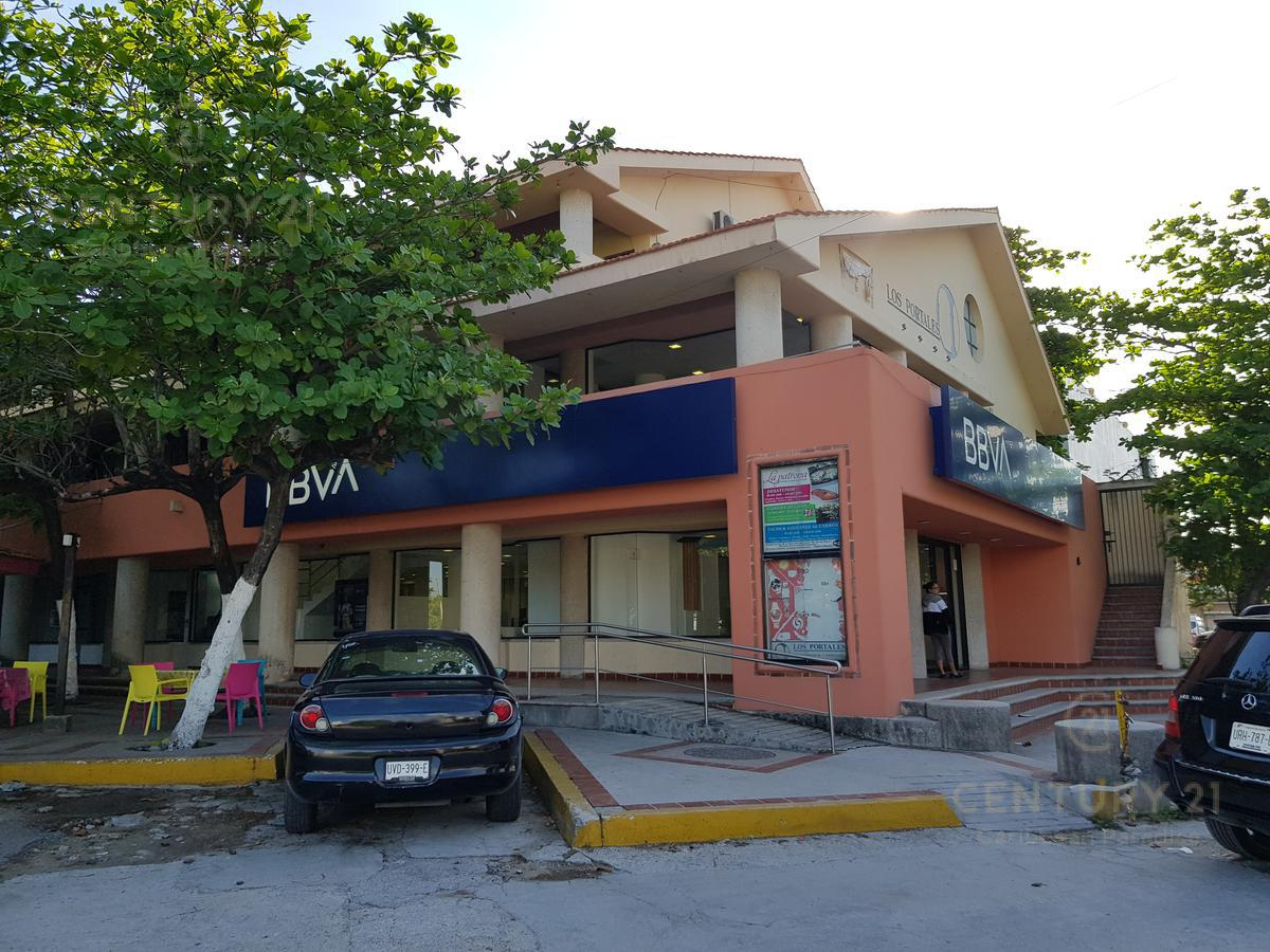 Foto Local en Venta en  Cancún ,  Quintana Roo                  LOCAL EN VENTA EN AV XEL-HA  MERCADO 28    C2622