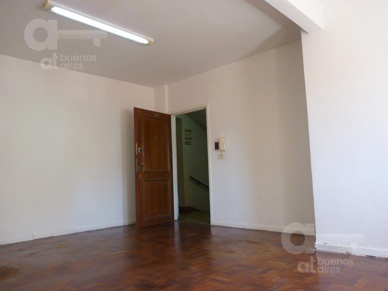Foto Oficina en Alquiler en  San Telmo ,  Capital Federal  México al 800