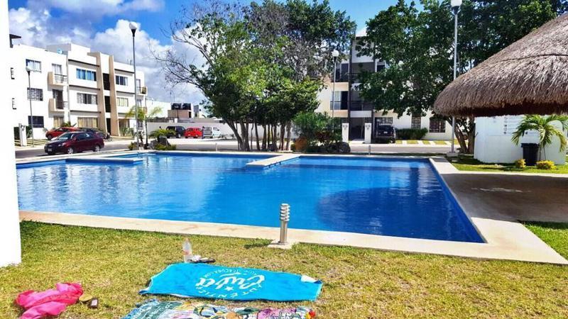 Foto Departamento en Venta en  Playa del Carmen ,  Quintana Roo   Venta departamento amueblado 3 recamaras Avenida Constituyentes P2476    6