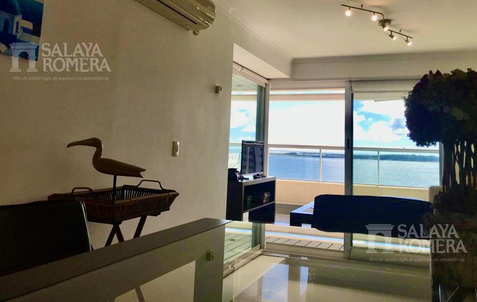 Foto Departamento en Alquiler temporario en  Playa Mansa,  Punta del Este  Alquiler en PARADA 3, de la Mansa, BOULEVARD ARTIGAS