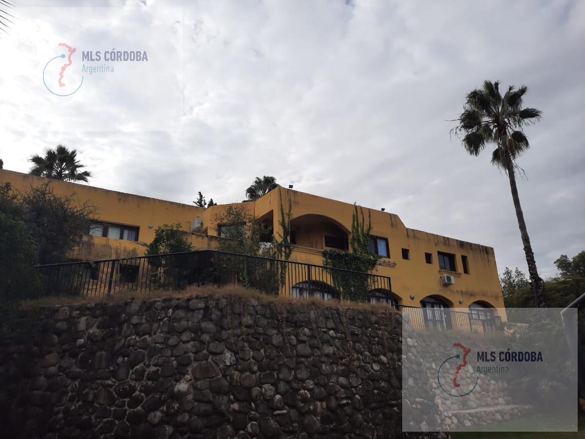 Foto Casa en Venta en  Villa Allende Golf,  Villa Allende  huascar 156