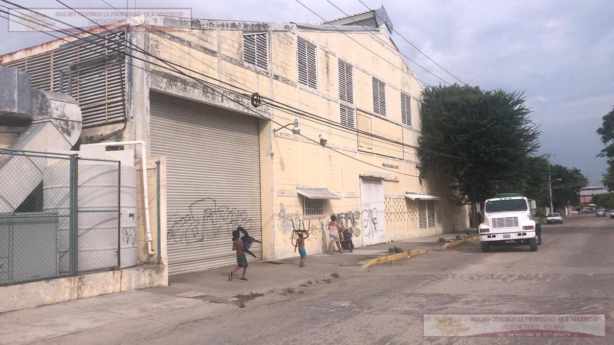 Foto Terreno en Venta en  Acapulco de Juárez ,  Guerrero  NAVE INDUSTRIAL RENACIMIENTO