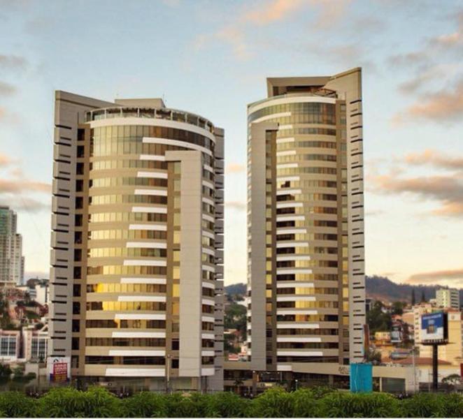 Foto Oficina en Renta en  Boulevard Suyapa,  Tegucigalpa  Local En Renta Para Oficina Torre Metropolis 108.2M2 Tegucigalpa