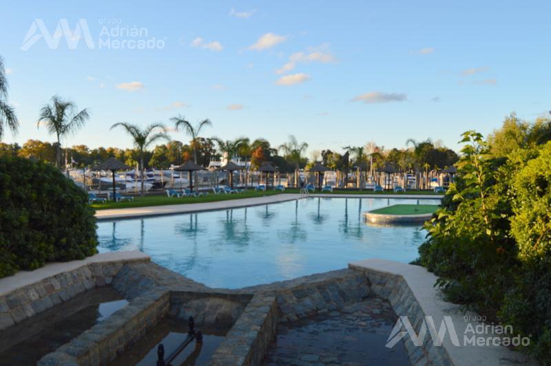 Foto Departamento en Venta en  Marinas Golf,  Countries/B.Cerrado (Tigre)  Av. Santa María y R. Carrillo (Ruta 27, Alt. 5200)  Rincón De Milberg