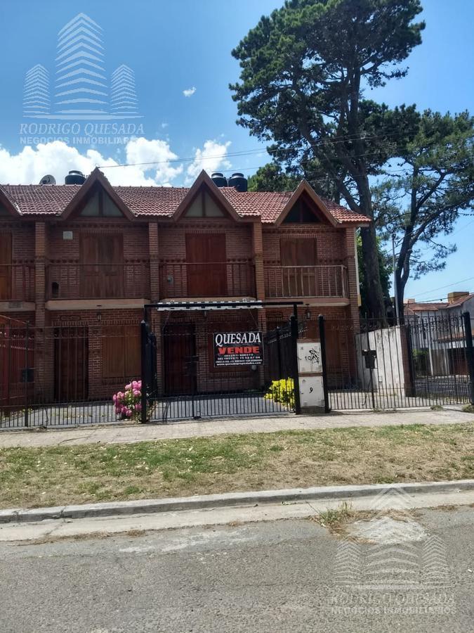 Foto PH en Venta en  San Bernardo Del Tuyu ,  Costa Atlantica  Excelente triplex en zona residencial - TOMA PERMUTAS -