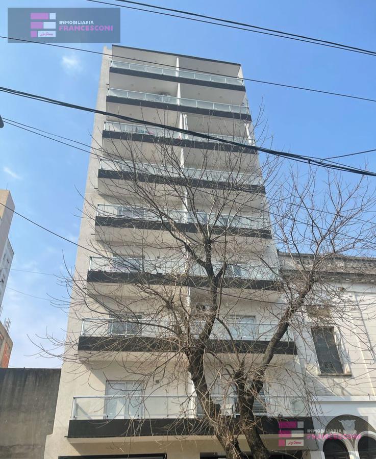 Foto Departamento en Venta en  La Plata,  La Plata  61 6 y 7