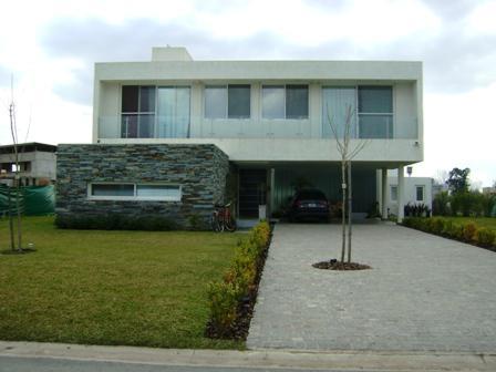 Foto Casa en Venta en  Terravista,  Countries/B.Cerrado (G. Rodriguez)  Terravista UF