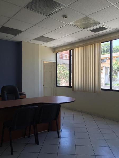 Foto Edificio Comercial en Renta en  Boulevard Morazan,  Tegucigalpa  Edificio En Renta Bouelvard Morazan Tegucigalpa