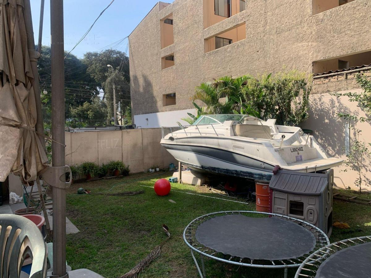 Foto Casa en Venta en  CHACARILLA DEL ESTANQUE,  Santiago de Surco  CHACARILLA DEL ESTANQUE
