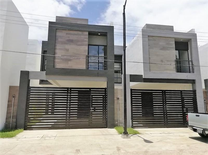 Foto Casa en condominio en Venta en  Del Bosque,  Tampico  Casa en Venta Fracc. Framboyanes Col. Del Bosque