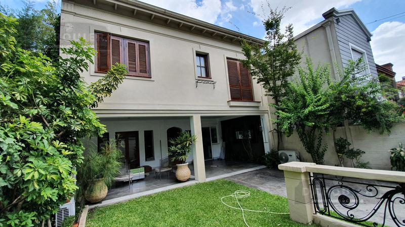 Foto Casa en Venta en  Adrogue,  Almirante Brown  FERRARI 280
