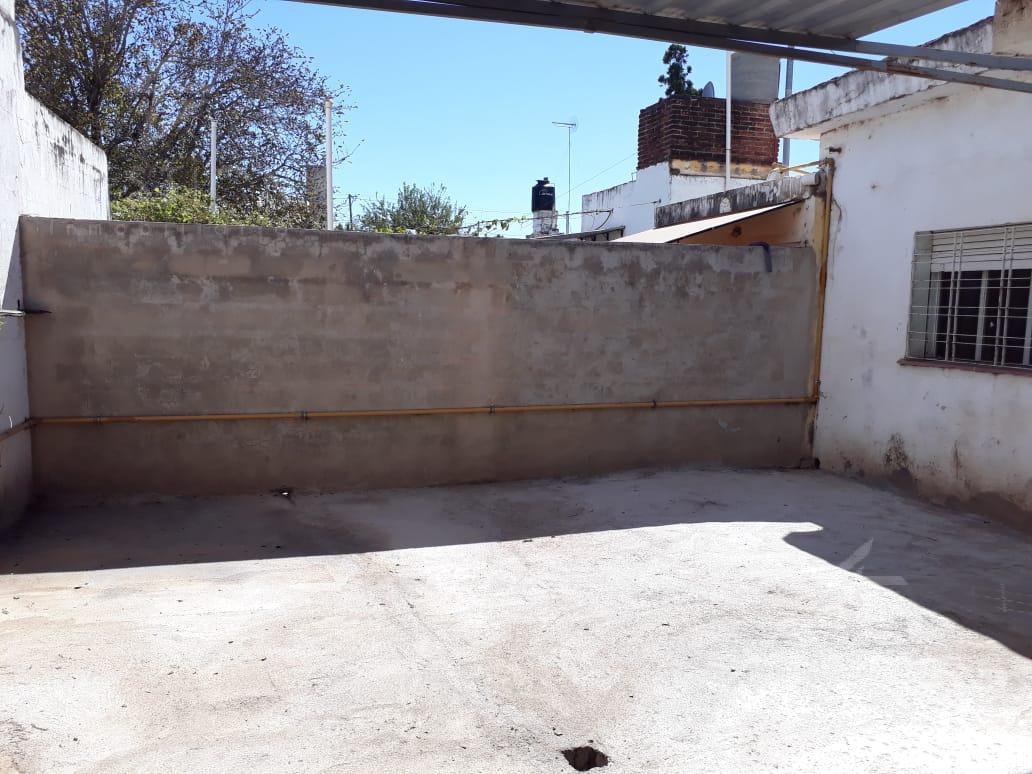 Foto Casa en Alquiler en  Los Boulevares,  Cordoba  Los Polacos al 6400