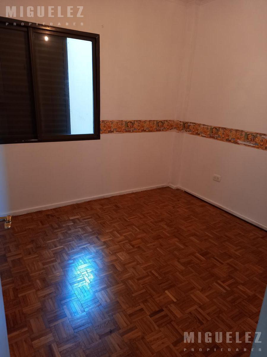 Foto Departamento en Alquiler en  Lomas De Zamora ,  G.B.A. Zona Sur  Alquiler departamento en Lomas, Laprida 987