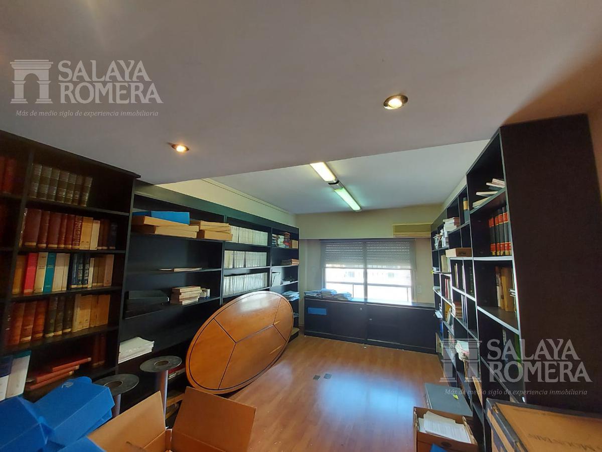 Foto Oficina en Venta en  Tribunales,  Centro (Capital Federal)  Uruguay  al 700