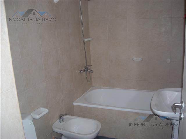 Foto Casa en Venta en  Lomas De Zamora,  Lomas De Zamora  Alvarez 6974