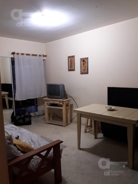 Foto Departamento en Alquiler temporario en  Retiro,  Centro  Esmeralda 1300, entre Arroyo y Libertador