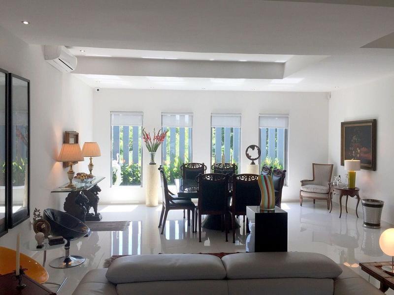 Foto Casa en Venta en  Fraccionamiento Las Palmas,  Medellín  Residencia Contemporánea en Las Palmas Residencial